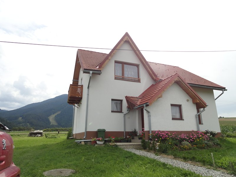 Ground floor apartment Tania - Tatras mountains, holiday rental in Zilina Region
