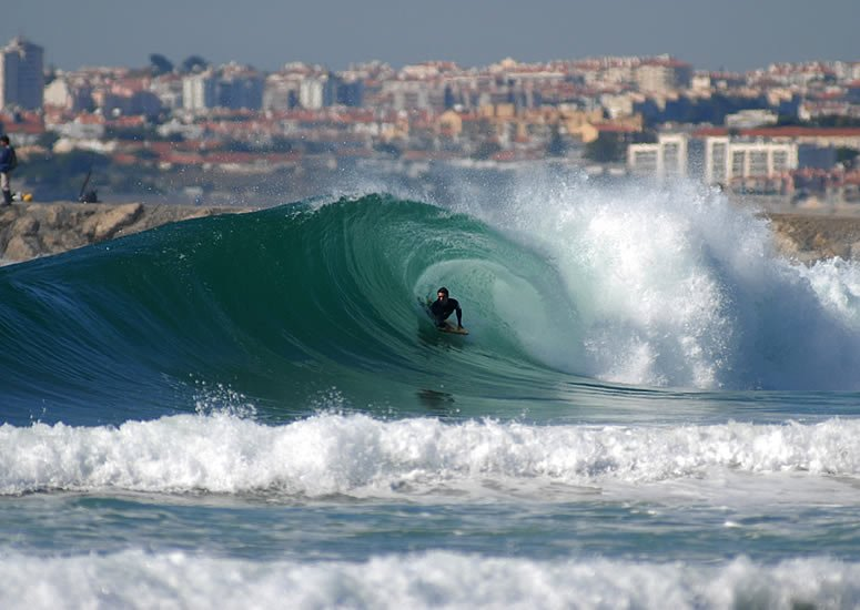 surf schools in the area