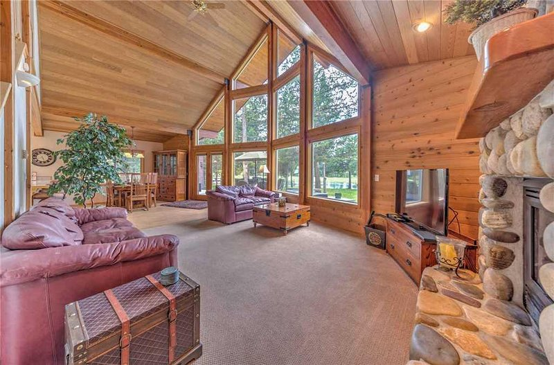 Sunriver-Vacation-Rental---55905-Wood-Duck---Overview-1