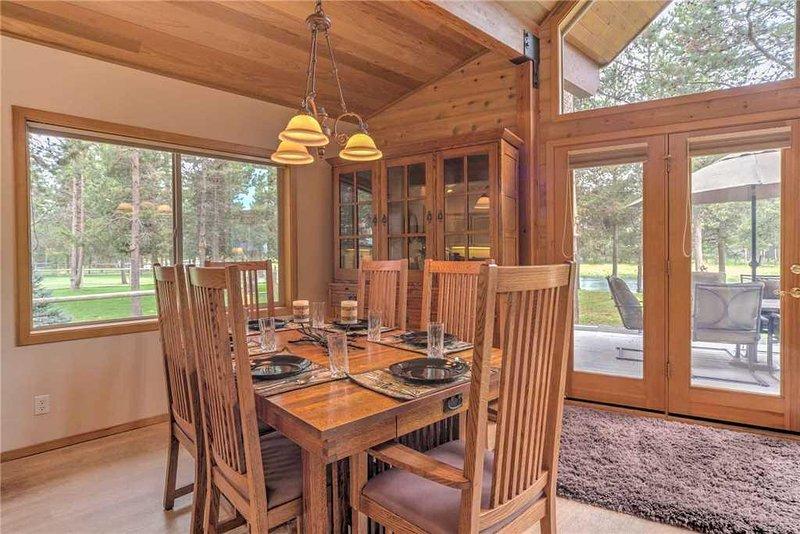 Sunriver-Vacation-Rental---55905-Wood-Duck---Dining-Room