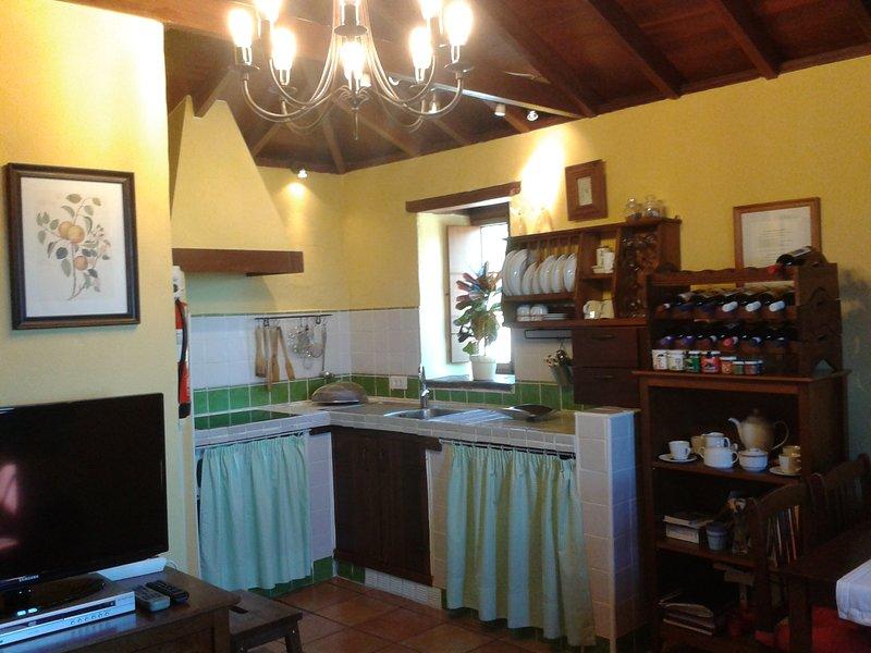 Disfruta en la Casa Rural Las Piedras, holiday rental in El Palmar