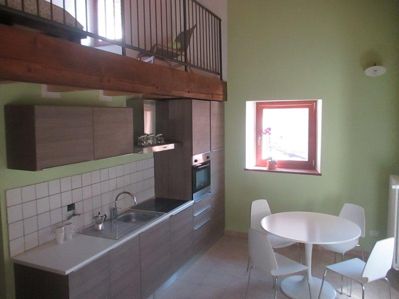 Antica dimora del Gallo nero - Appartamento Verde, holiday rental in Varone