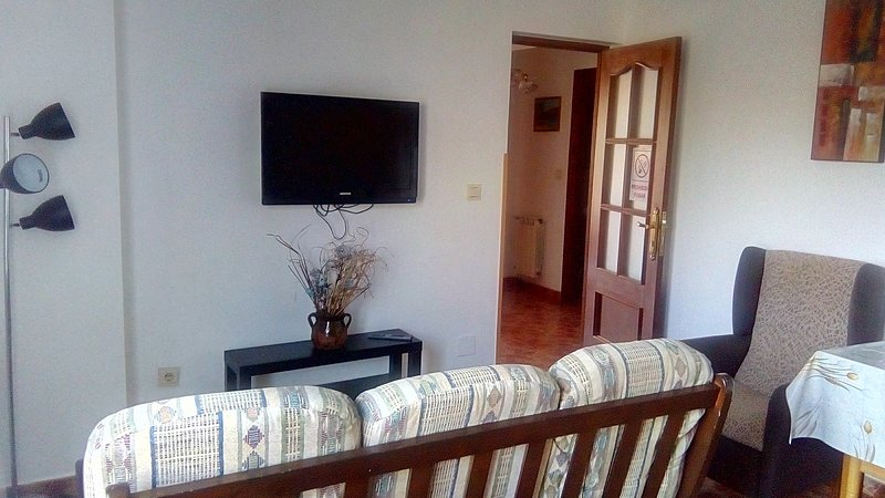 kitchen-living room with flat screen tv 32 ""