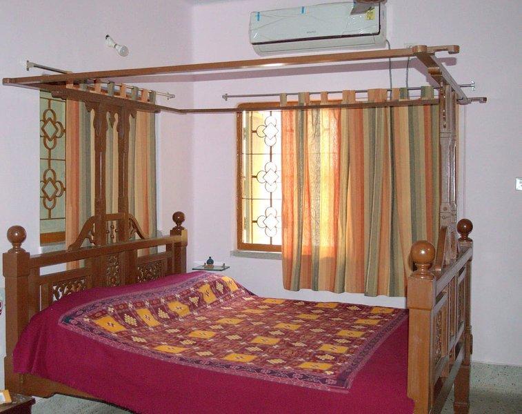 Mandira Apt - AVA RANI, holiday rental in Kolkata (Calcutta)
