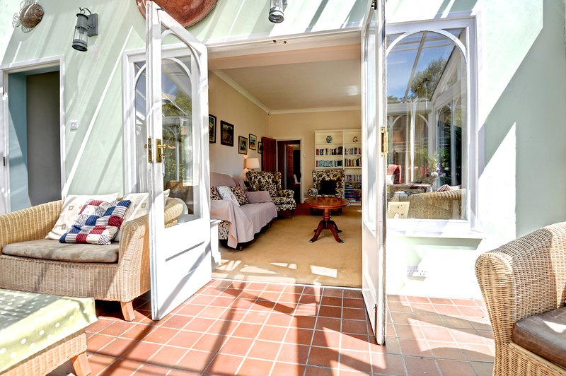 Easy access between the conservatory, living room & kitchen, providing ample space