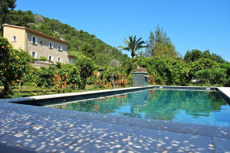 Es Verger des Port de Sóller.Rural Villa near the Port-Beach and walking paths., holiday rental in Soller