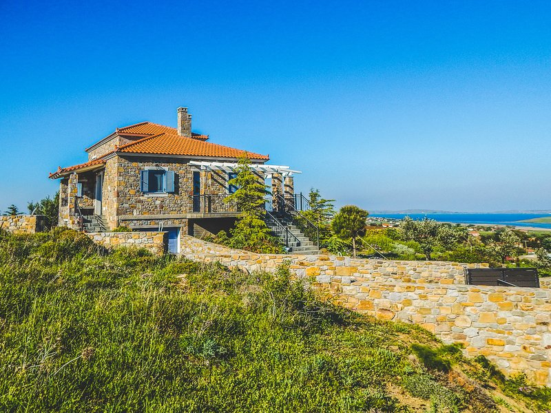 Secluded Villa Overlooking Moudros And Diapori, holiday rental in Lemnos