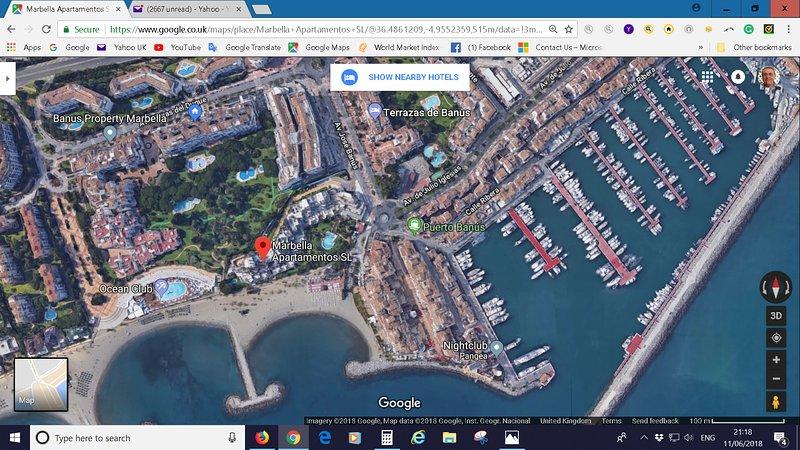 Ubicación de nuestros apartamentos frente a la playa, a pocos minutos a pie de Puerto Banus.
