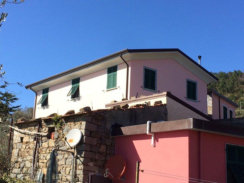 Appartamento vacanze 'Borgo Cinque Terre', holiday rental in Manarola