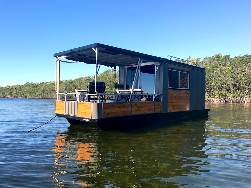 The Blue Marlin Private Ancd Out Houseboat