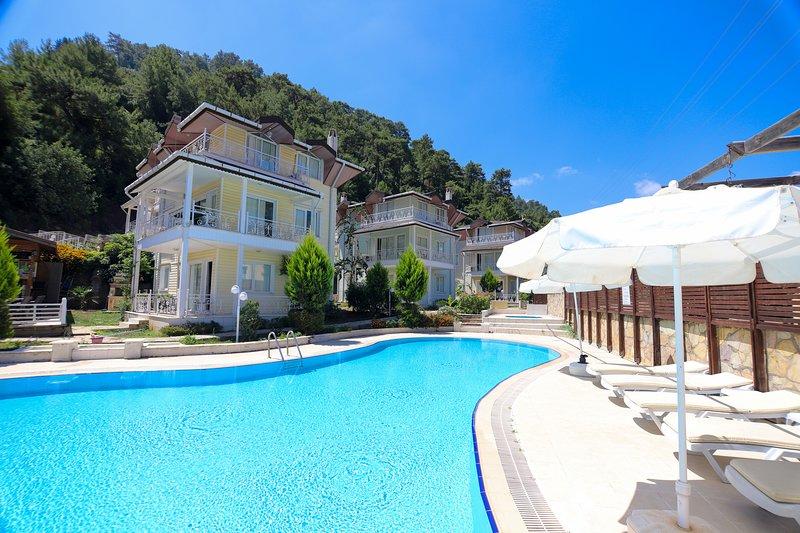 Pine Villas, location de vacances à Icmeler