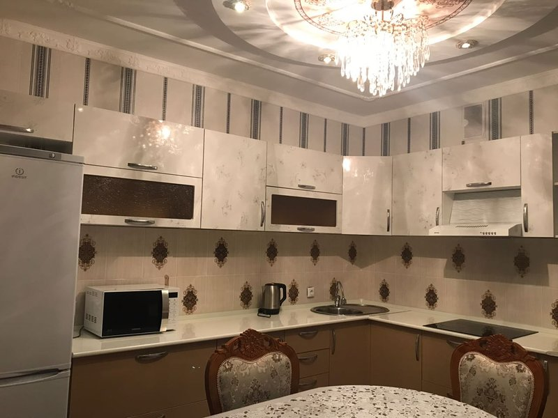 One-bedroom apartment in Astana city, alquiler vacacional en Akmola Province