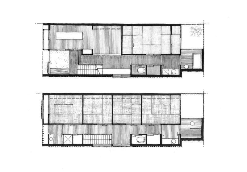 Första och andra våningen planer. Det finns ett sovrum nere och 4 rum på övervåningen och 3 badrum