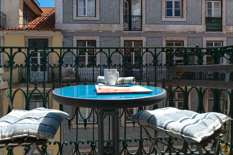 Enjoy your breakfast on the french balcony and breathe the history of Lisbon