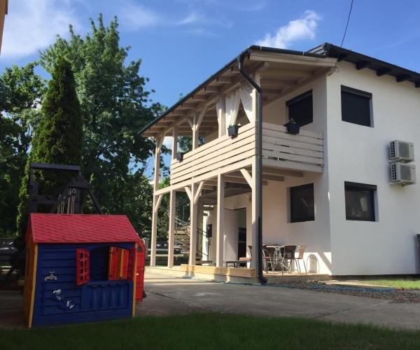 Sunrise apartment, alquiler vacacional en Hajdu-Bihar County