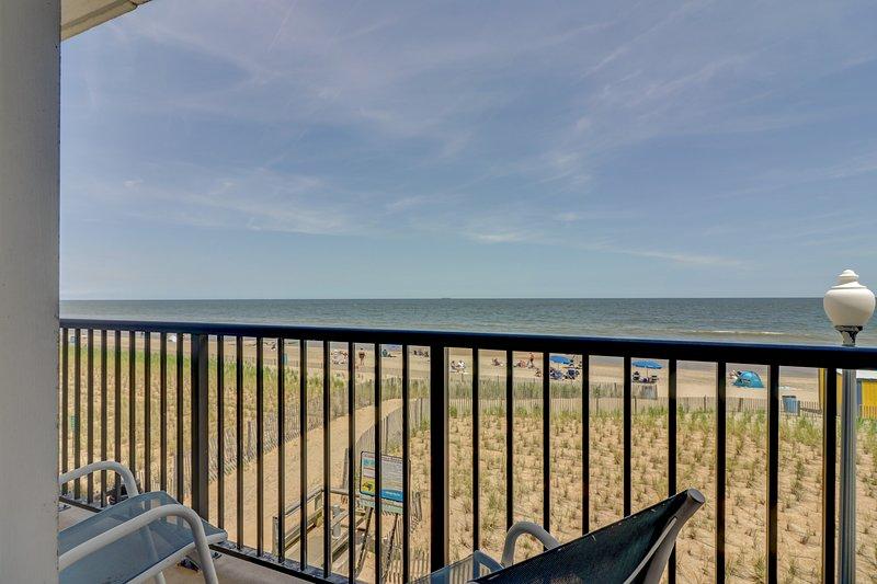 Beautiful Ocean Front 3BR Condo on the Boardwalk.