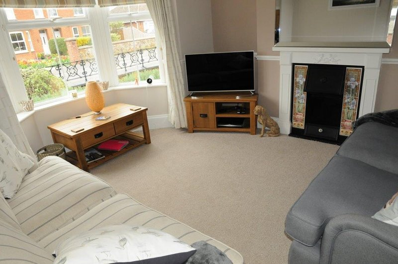 Kelso House heacham  gorgous 4 bedroom Victorian terrace 10 min walk from beach., holiday rental in Heacham