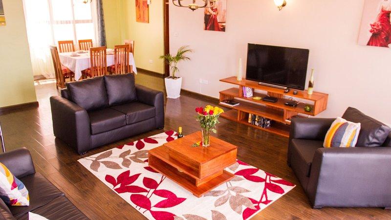 Beautiful Spacious Lounge