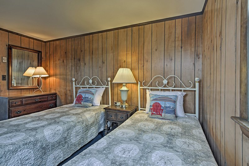 The third bedroom has 2 twin beds also.