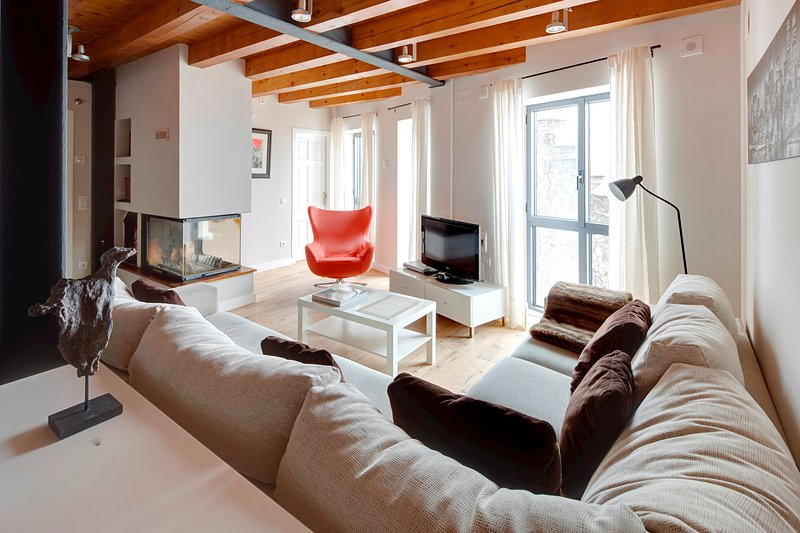 Val Arties 3 by FeelFree Rentals, vacation rental in Val d'Aran