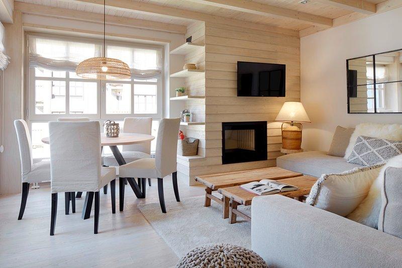 Val de Ruda Luxe 51 by FeelFree Rentals, vacation rental in Son