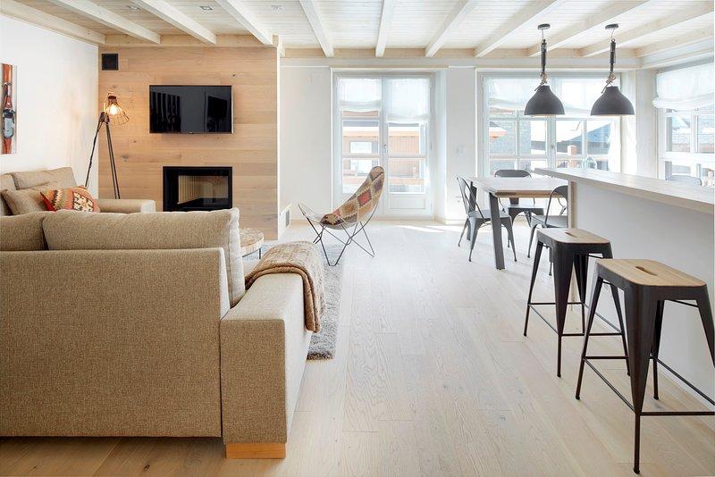 Val de Ruda Luxe 52 by FeelFree Rentals, vacation rental in Son