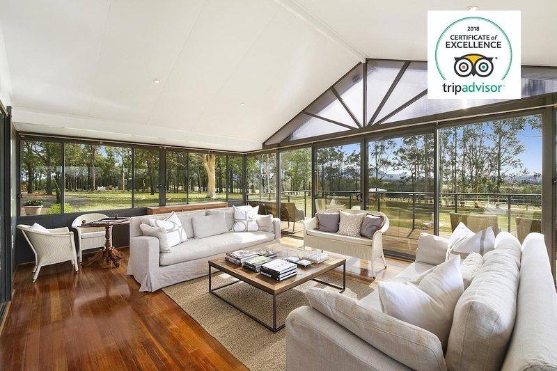 Hunter Valley Accommodation - Degen Estate - Pokolbin - Living Room