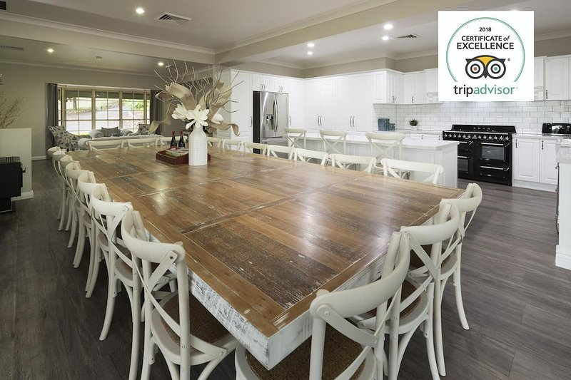 Hunter Valley Accommodation - Tharah - Kitchen