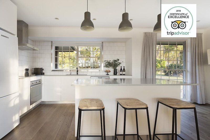 Hunter Valley Accommodation - Harkham House - Pokolbin - Kitchen