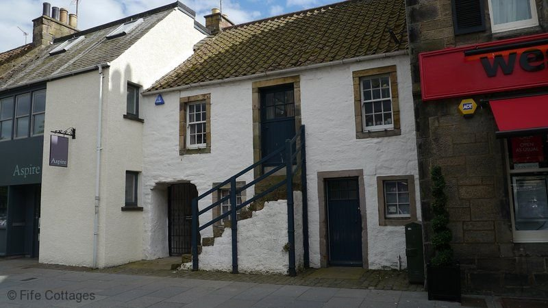 Cowper's Close, 166 South Street, St Andrews, KY16 9EG - Fabulous Historic House, holiday rental in St Andrews