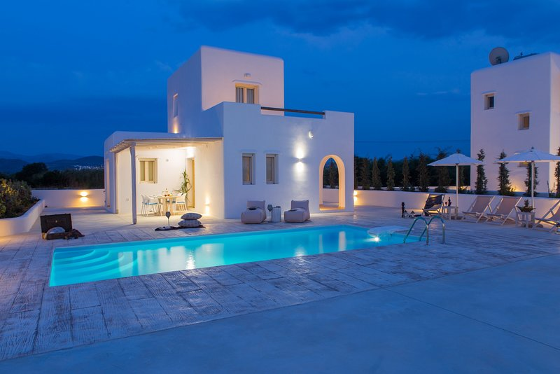 Naxian Lounge Villas | Villa II with private pool, holiday rental in Agia Anna