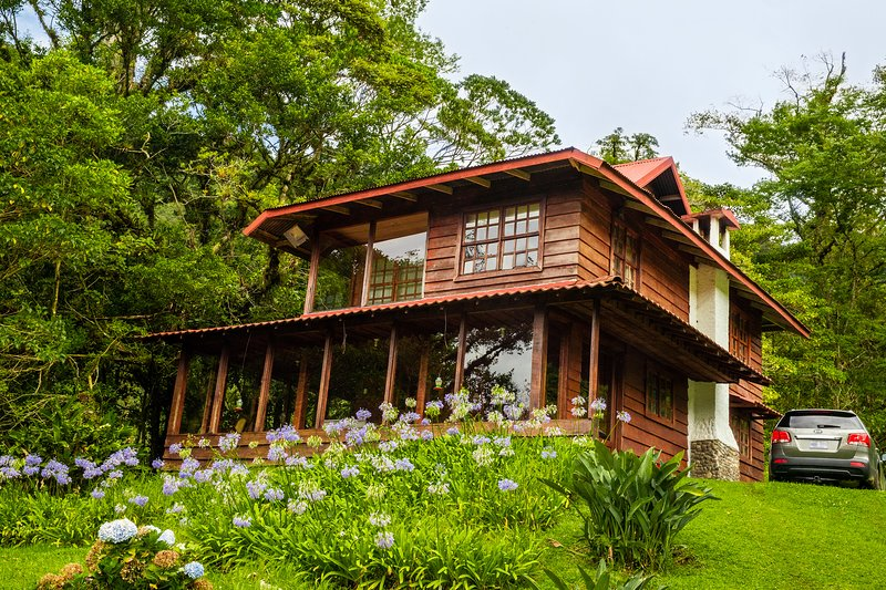 Aurora Lodge Costa Rica, vakantiewoning in Poas Volcano National Park
