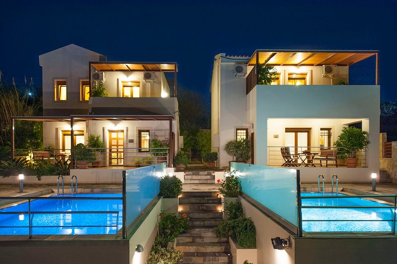 Villa Bluefairy Dafni w/ Priv. Pool, Walk to Restaurants & Lake! 5 km to beach, vacation rental in Kournas