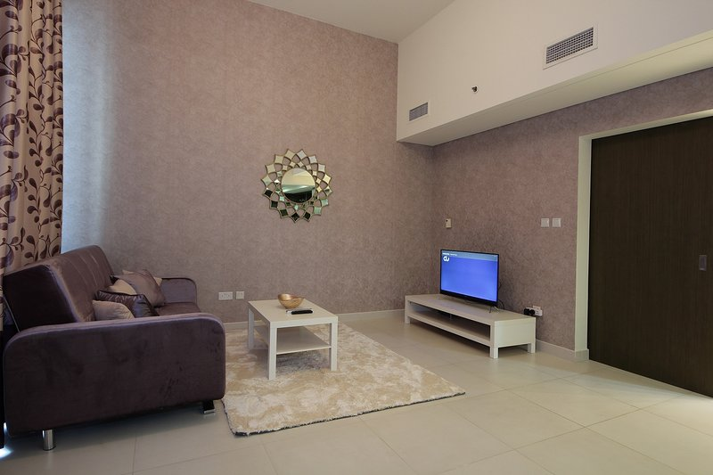 Beautiful 1BHk in LOFTS CENTRAL - L247, holiday rental in Hatta