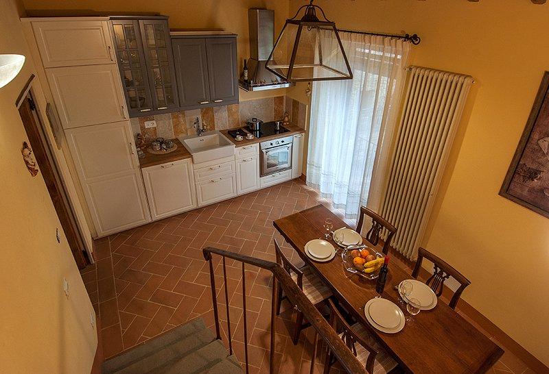 Appartamento Leonardo Fattoria de' Toscani di Starace Marialaura, vacation rental in Talla