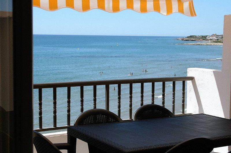 Apartement em 1º ligne!, vacation rental in Alcossebre