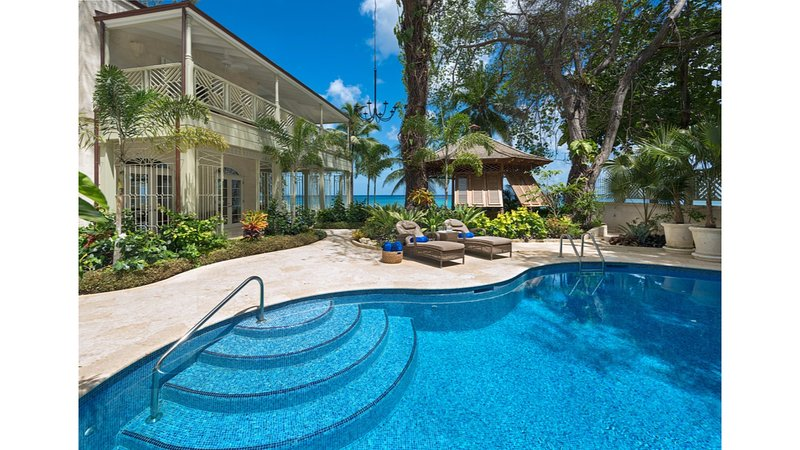Hemingway House - Beachfront Villa - Mullins/Gibbs Beach, vacation rental in Mullins
