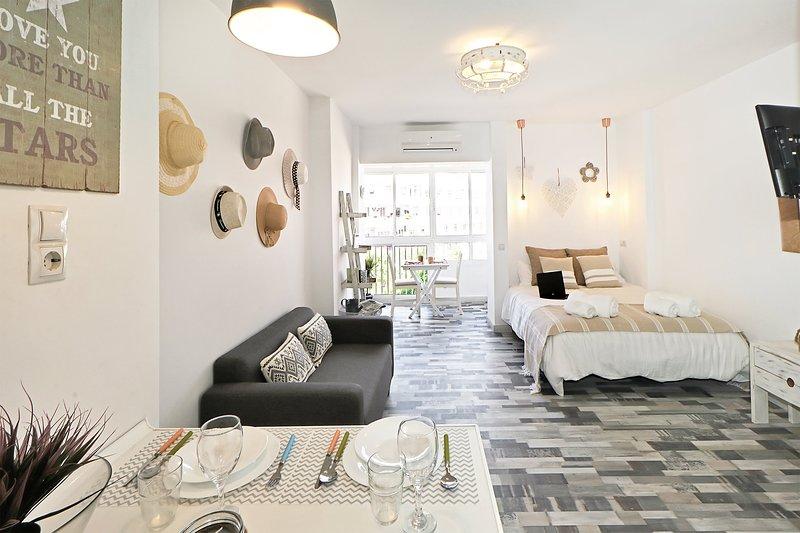 Cozy Flat Manuela Costa del Sol Benalmadena Malaga, holiday rental in Arroyo de la Miel