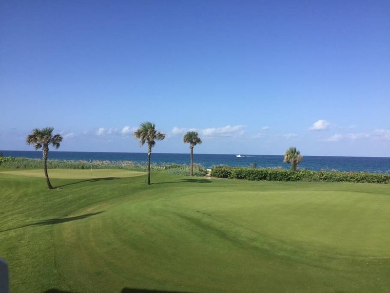 Minutes from Downtown and Palm Beach Island