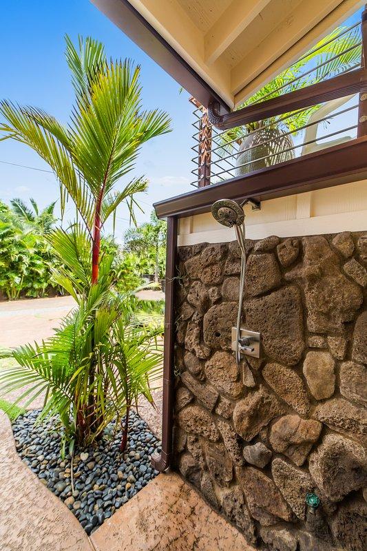 Roca de la lava caliente / fría ducha para después de la playa / surf!