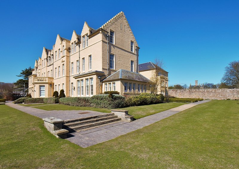 The Residence, St Andrews, holiday rental in St Andrews