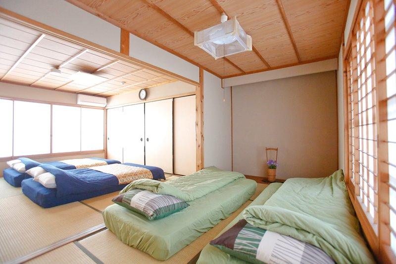 Centrally Located Traditional Japanese Style House In Shijo Karasuma