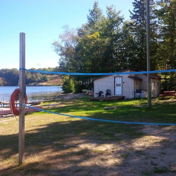 Dock side Cabin, holiday rental in Lennox and Addington County