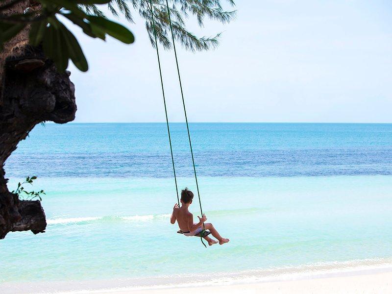 Akuvara - Beach swing