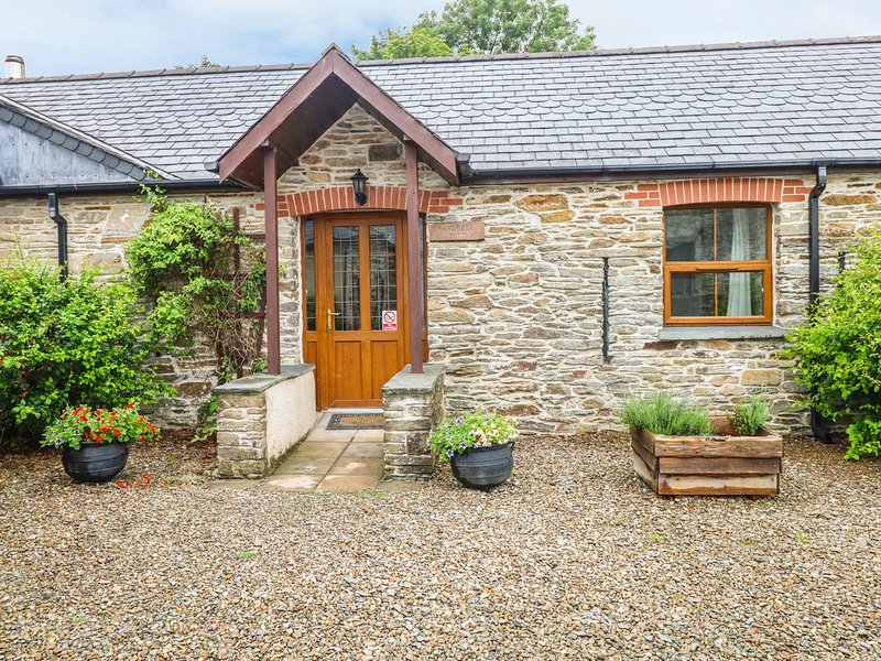 Sandpiper Cottage, Llanboidy, vacation rental in Llangynin