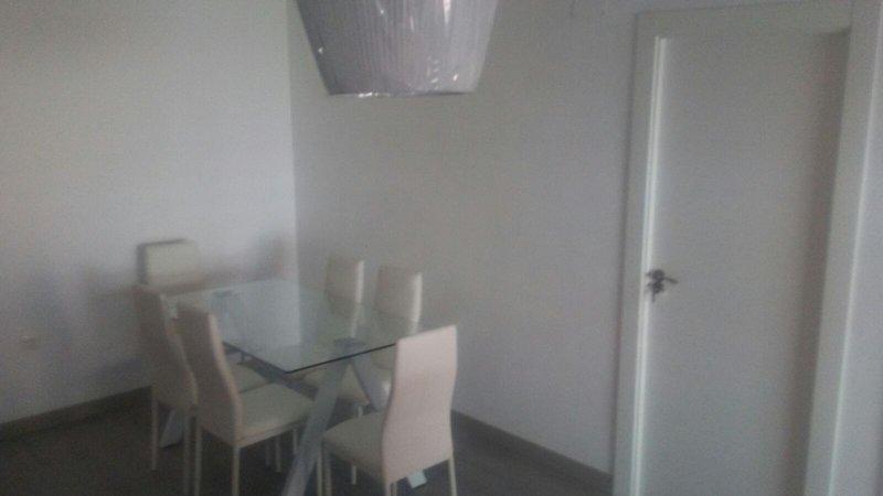 MAGNIFICO APARTAMENTO EN AGUADULCE PARA VERANO, holiday rental in Aguadulce