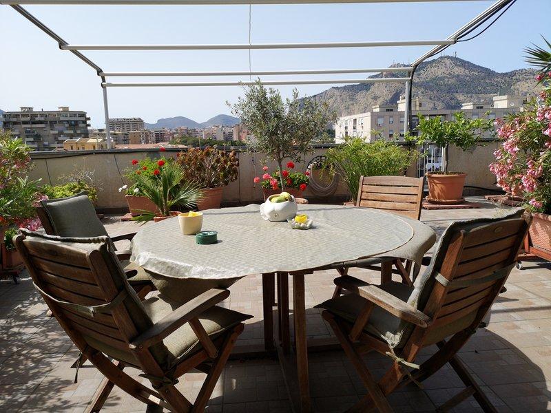 La Terrazza di Jenny, alquiler de vacaciones en Belmonte Mezzagno