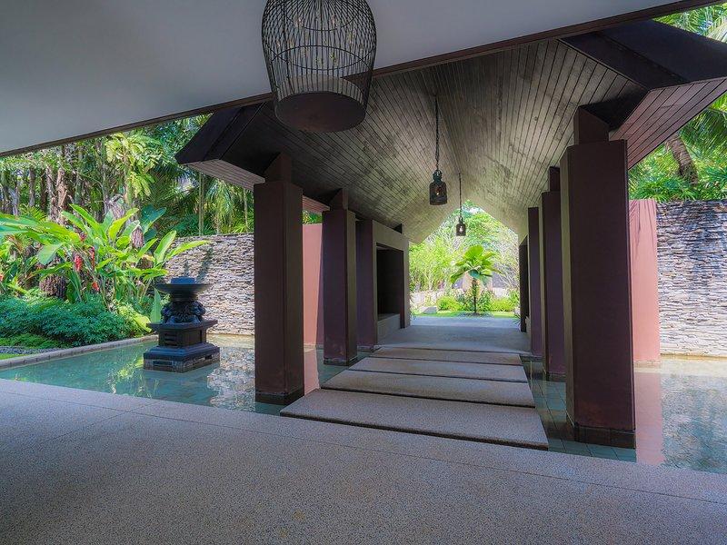 Villa Saanti - pasillo de entrada de Villa