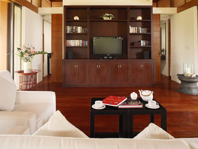 Villa Shanti - Movie room
