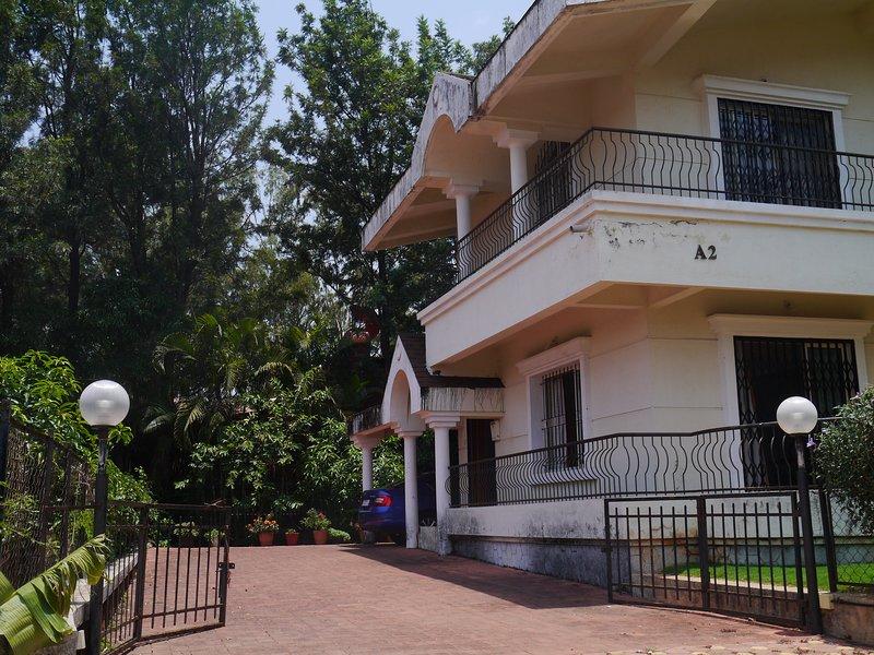 Valley Green Villa A-2, Panchgani, holiday rental in Panchgani
